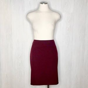 The Limited | Pencil Skirt in Maroon Burgundy Sz.6